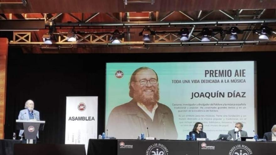 Joaquín Díaz, premio de la AIE por su trayectoria profesional y contribución a la música
