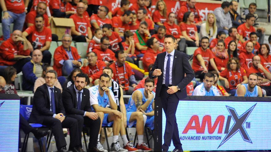 Óscar Lata se incorpora al cuerpo técnico del UCAM