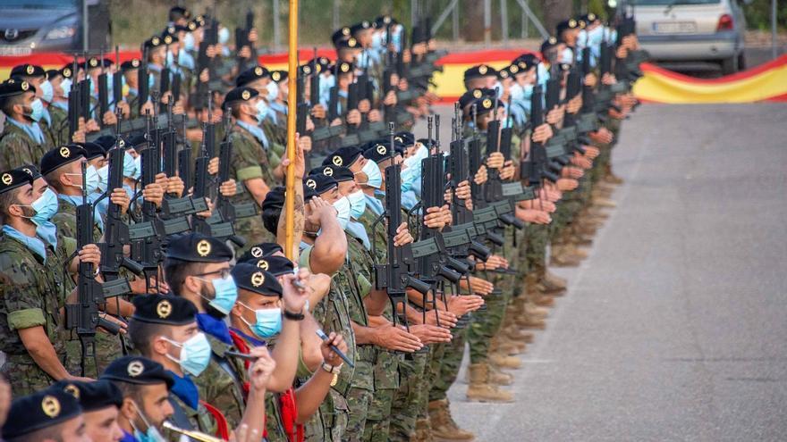 Homenaje en Cerro Muriano a los héroes del regimiento Alcántara en el centenario de Annual