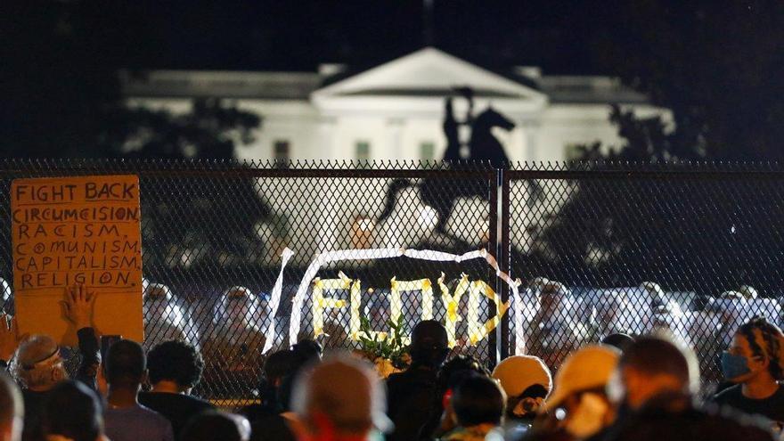 Nueva noche de acoso a la Casa Blanca tras el toque de queda