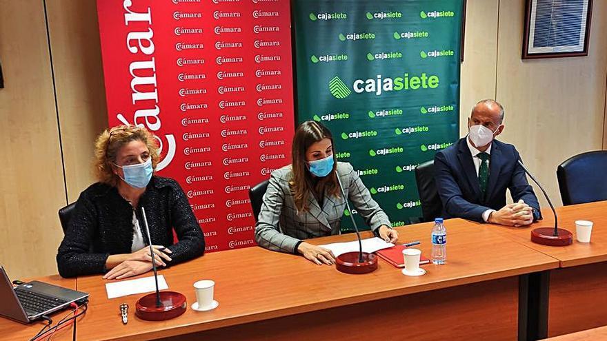 """González: """"Hay que tomar medidas urgentes con el comercio canario"""""""