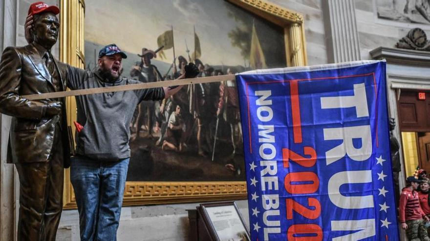 """EEUU resalta el """"sorprendente"""" alcance de la investigación sobre el asalto al Capitolio"""