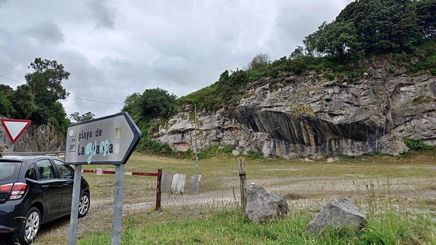 Ribadedeva abre el aparcamiento estival de la playa de La Franca