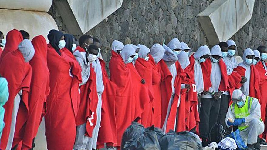 Migraciones rechaza parar los cuarteles de Tenerife y acelera el Canarias 50
