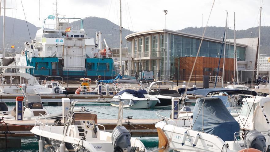 El Consell de Ibiza pide al Govern una red de rampas de varada, campos de boyas y marinas secas