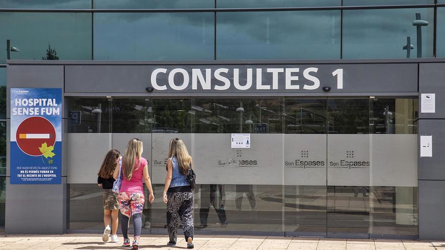 Los enfermos de cáncer de Baleares denuncian la desatención hospitalaria durante la pandemia