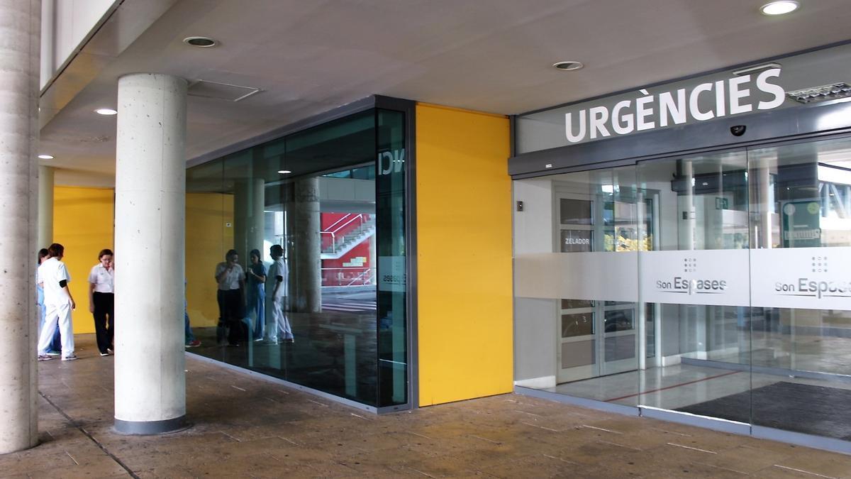 Entrada al servicio de Urgencias en el Hospital Son Espases