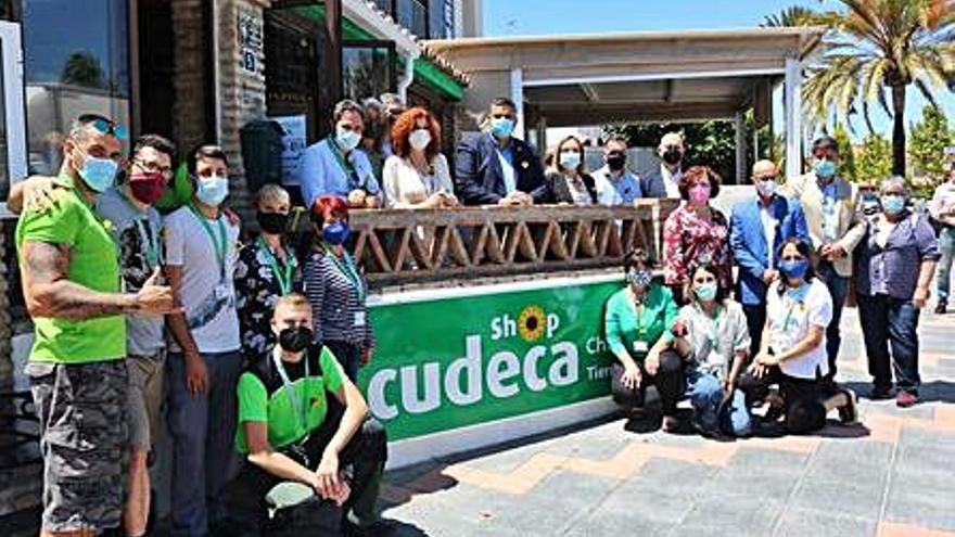 Inauguran la nueva tienda benéfica de Cudeca en La Cala de Mijas