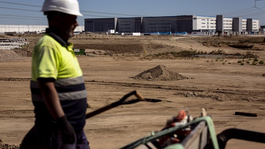 Casas prefabricadas y 'caravanas' en vez de pisos: el boom logístico desborda el límite entre Toledo y Madrid