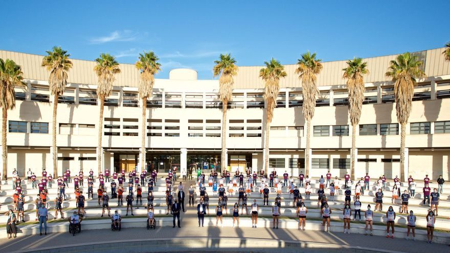 300 deportistas federados en la UA