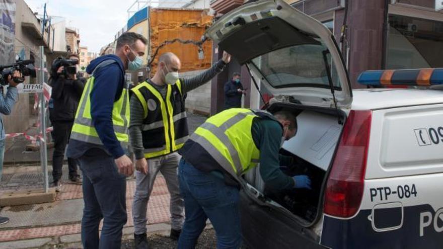 Detienen a un hombre en Linares tras encontrar muerta a una mujer en un contenedor