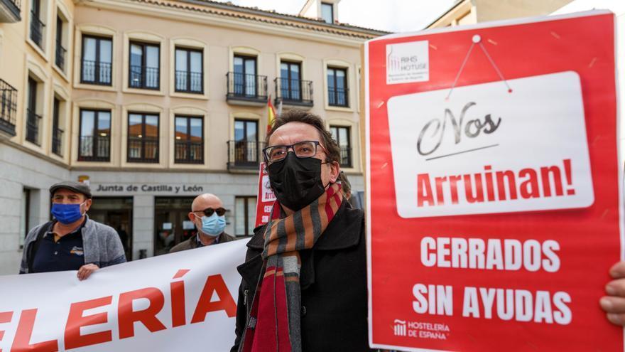 Seis de cada diez empresarios de Castilla y León dice afrontar el año con precaución
