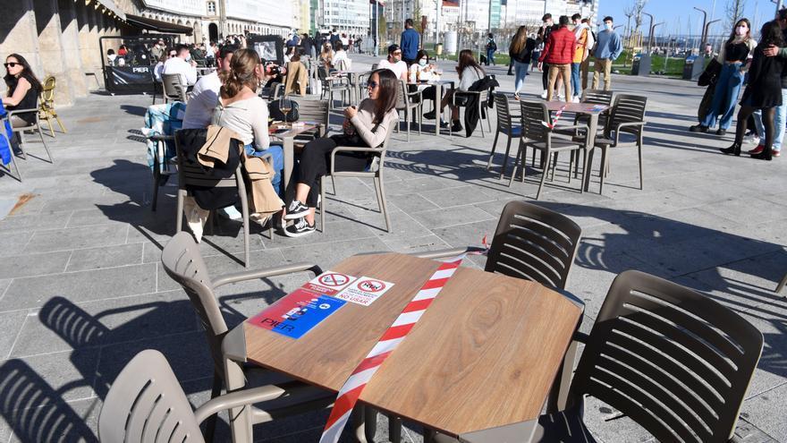 La Xunta abre el área sanitaria de Ferrol y mantiene cerradas las de A Coruña y Pontevedra