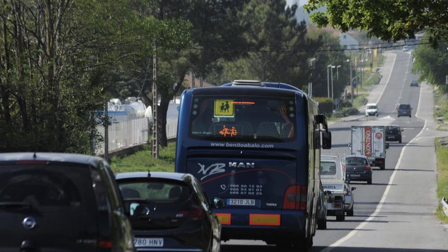 La maquinaria pesada regresa a la carretera de Vilagarcía a Pontevedra