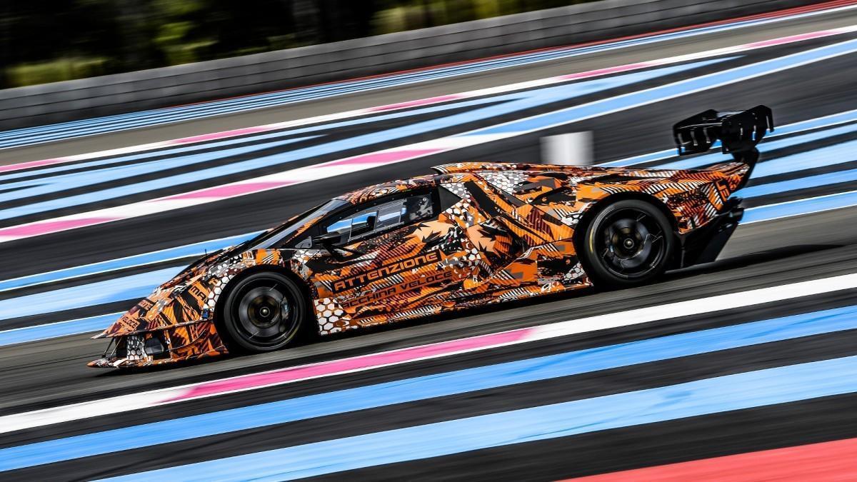 El nuevo Lamborghini SCV12 ya está listo para salir a la pista