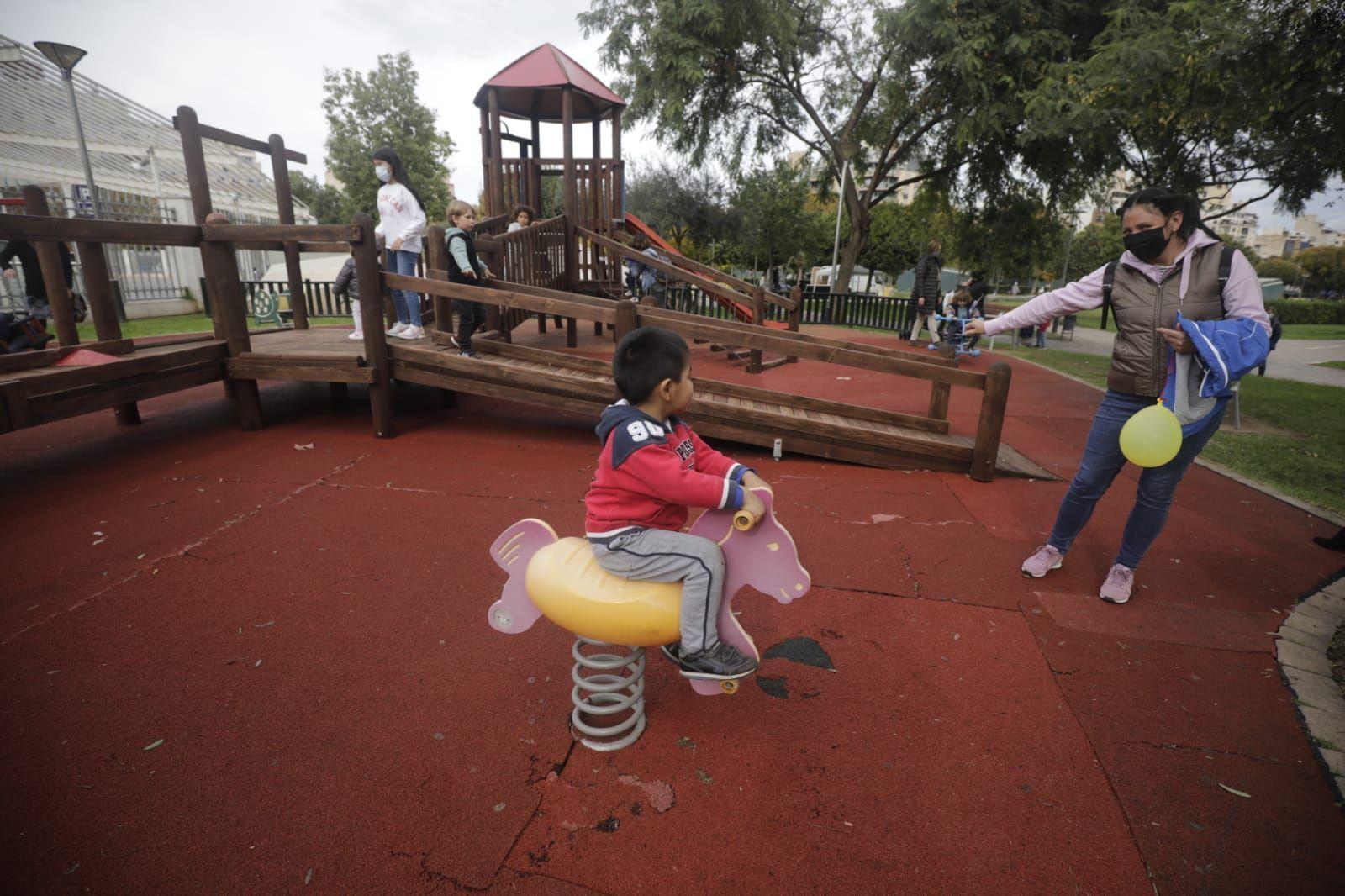Reabren los parques infantiles en Palma
