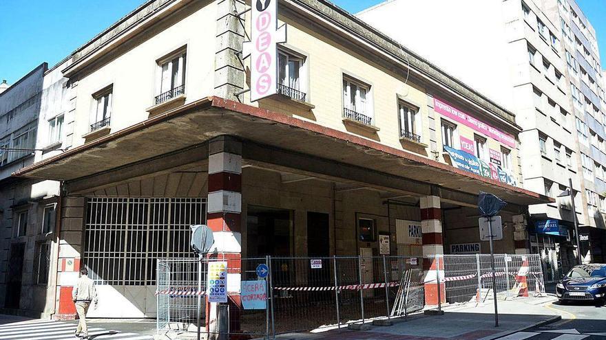 El rey del pollo frito, KFC, quiere instalarse en Pontevedra