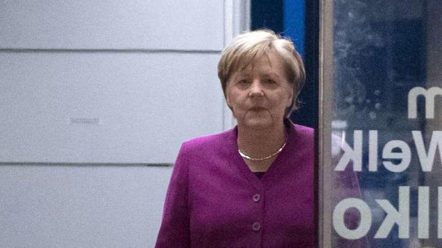 Merkel asegura haber pagado un alto precio por gobernar con los socialdemócratas