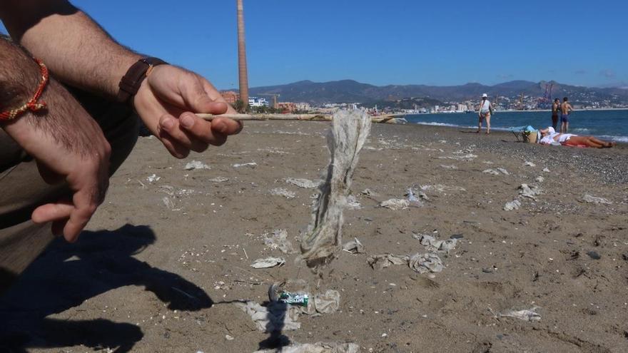 Aumentan los atascos de desagües en Málaga por culpa de las toallitas