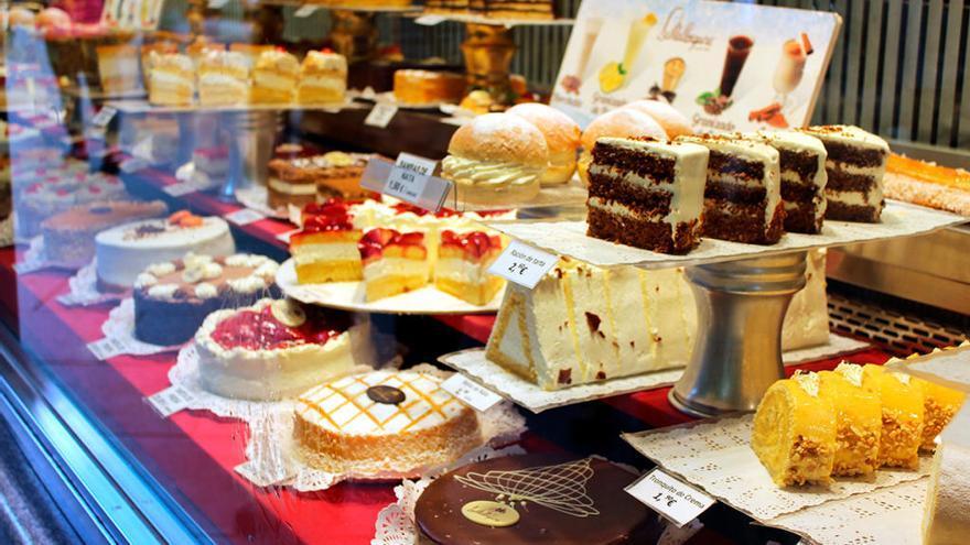 """El zasca de una pastelera asturiana a un cliente que la llamó """"provinciana y paleta"""": """"Asturianos a mucha honra"""""""