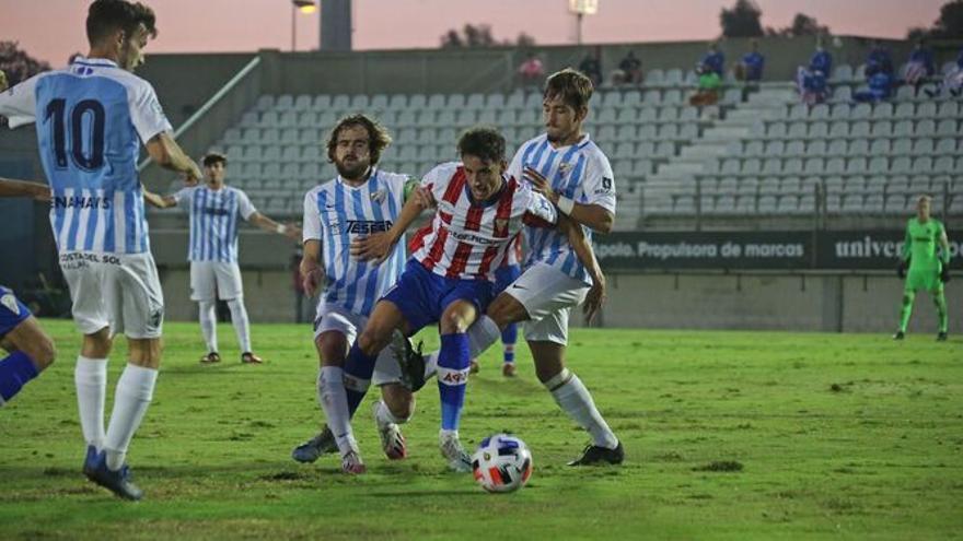 El UCAM Murcia refuerza el centro del campo con Armando Corbalán