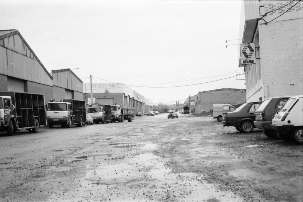 Empreses de la zona dels Dolors ara fa trenta anys (1991)