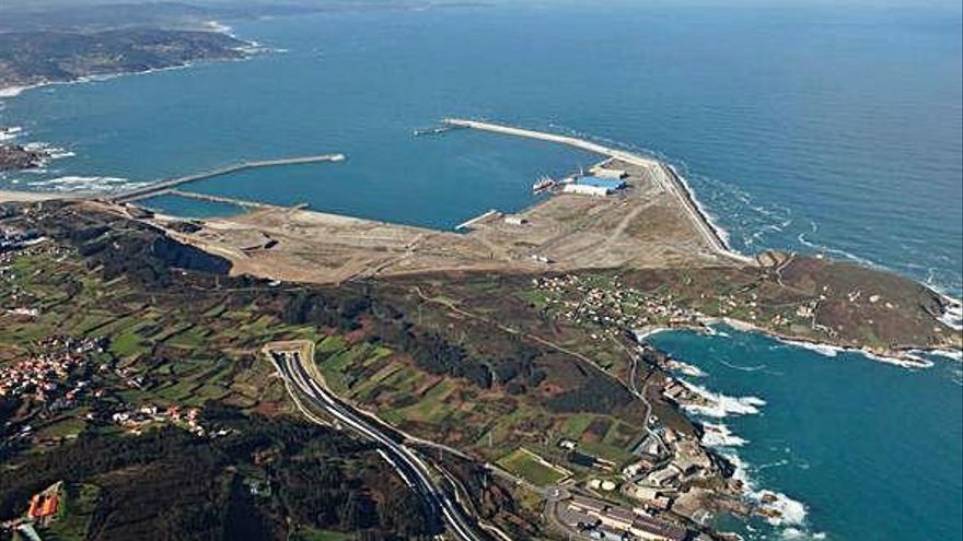 El Estado asume este año la deuda del puerto de Valencia, sin noticias sobre la del coruñés