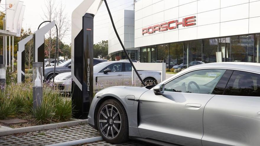 El cargador más rápido de España pertenece a Porsche Ibérica
