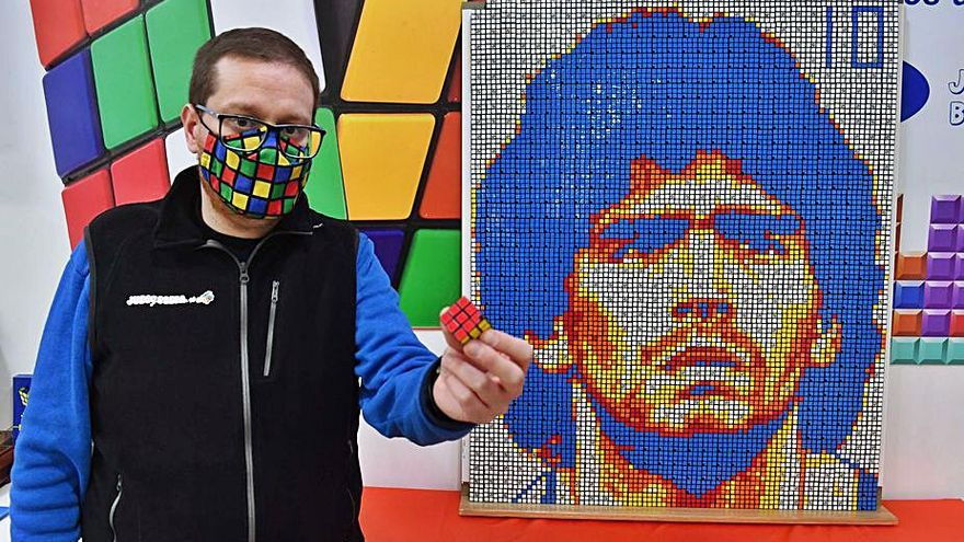 Mil cubos de Rubik en honor del '10'