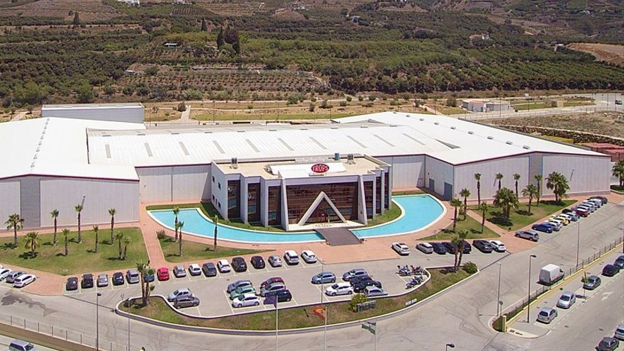 La malagueña Trops y la valenciana Ruchey se únen en la producción de aguacates