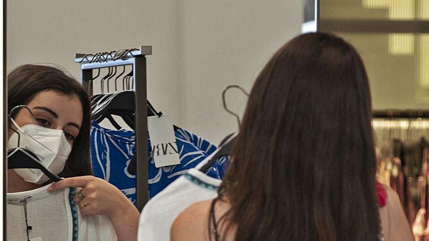 Inditex vende ya un tercio de toda la moda que se compra en España