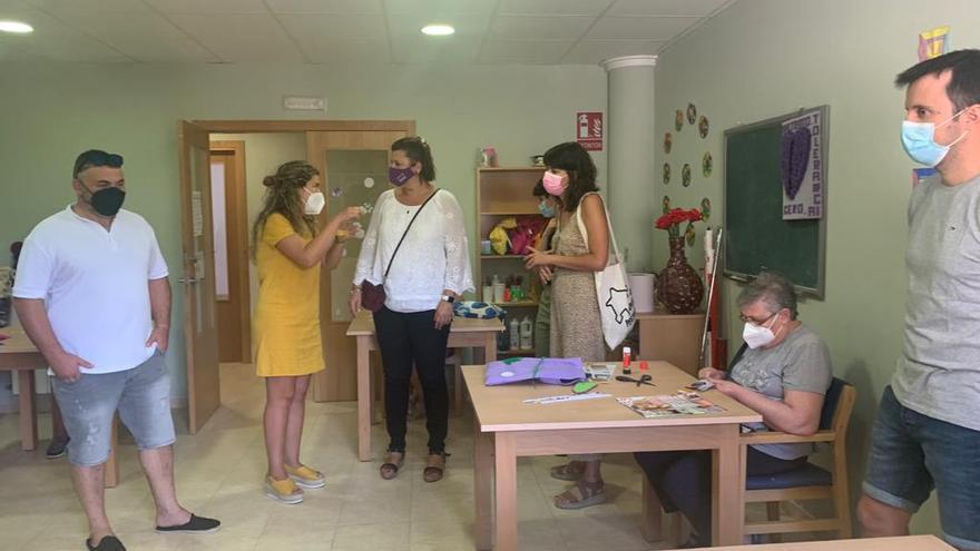 Ochenta profesionales mejorarán la calidad de la vida de los mayores del interior de Castellón