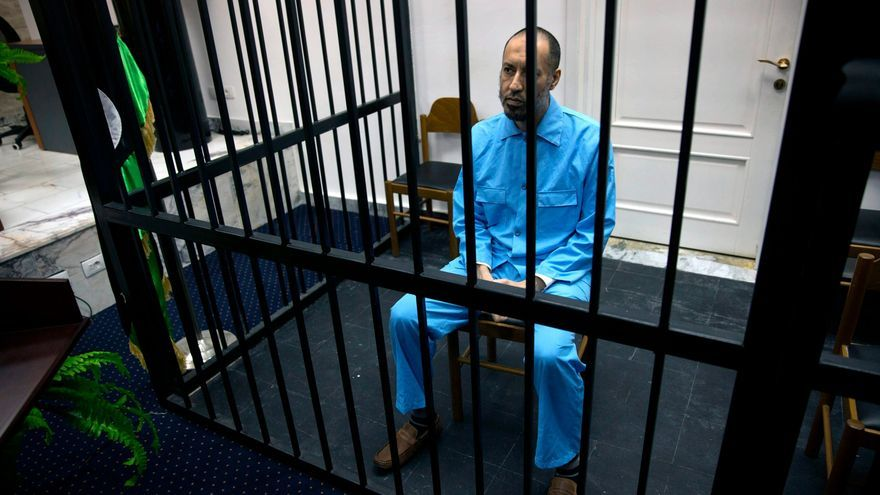 El hijo futbolista de Gadafi, en libertad