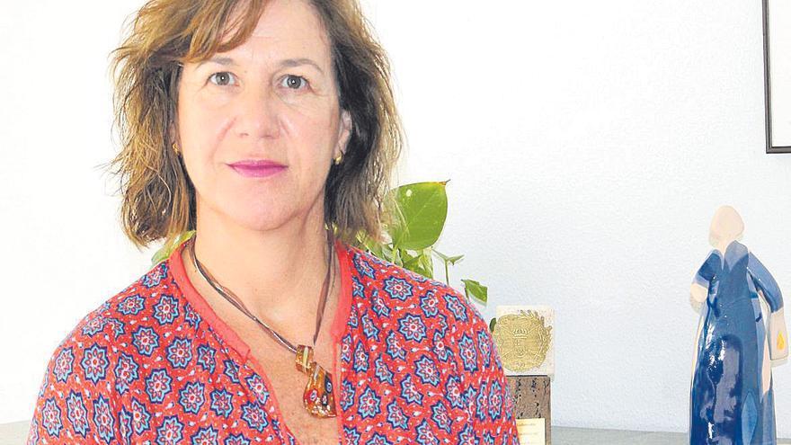 Montserrat Angulo Perea: «La pandemia ha empeorado la ratio de enfermeras por paciente, que era ya demasiado baja»