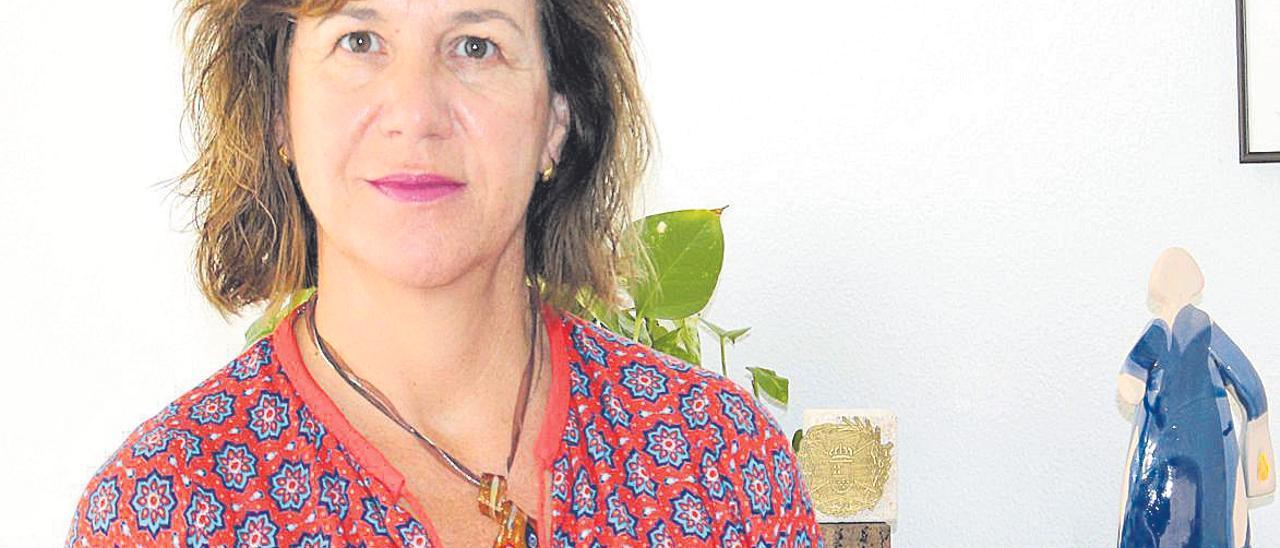 Montserrat Angulo, presidenta del Colegio de Enfermería de Alicante.