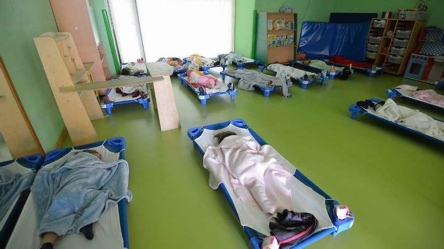 Un total de 416 niños quedan en lista de espera en 16 escuelas infantiles públicas de la comarca