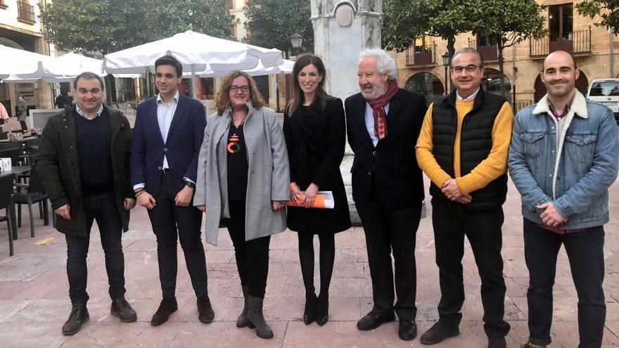 Seis concejales asturianos de Ciudadanos buscan el respaldo del partido para apoyar a Inés Arrimadas