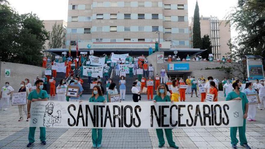 Sanitarios reclaman en Madrid mejores condiciones laborales