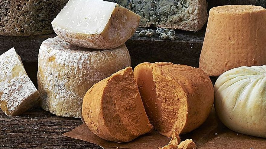 """Asturias se planta ante """"el semáforo de los alimentos"""" para salvar el queso"""