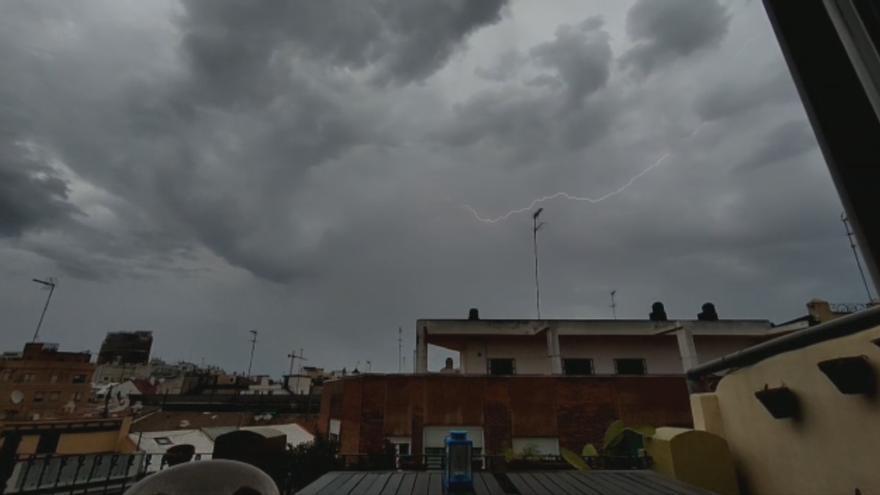 Evolución de la tormenta de esta mañana en València
