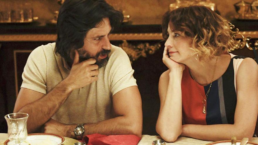 Movistar estrena avui, amb doble episodi, la comèdia «Nasdrovia»