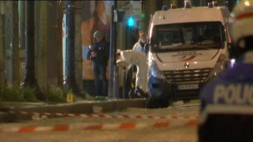 Un policía muerto en otro ataque del ISIS en París