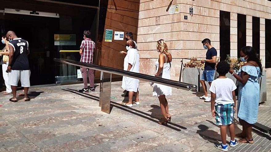 Regierung lehnt Hälfte der Anträge auf Sozialhilfe auf den Balearen ab