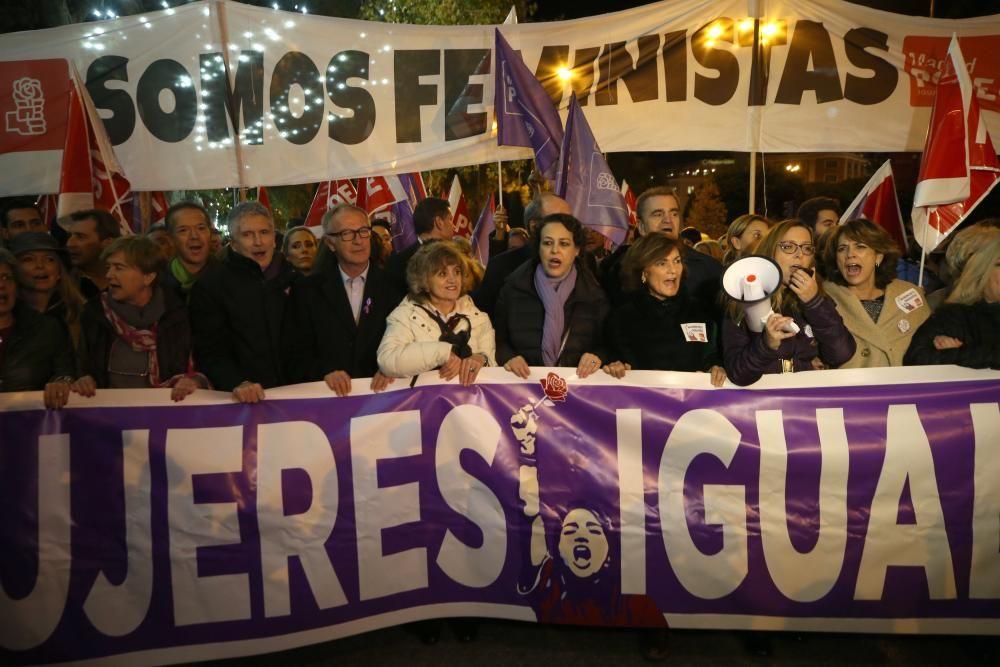 Manifestación con motivo del Día Internacional ...