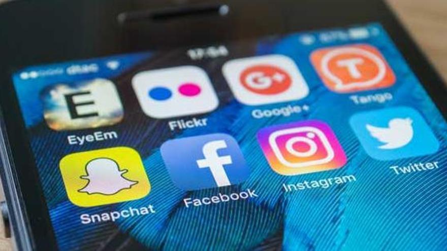 Caiguda global de Facebook, WhatsApp i Instagram