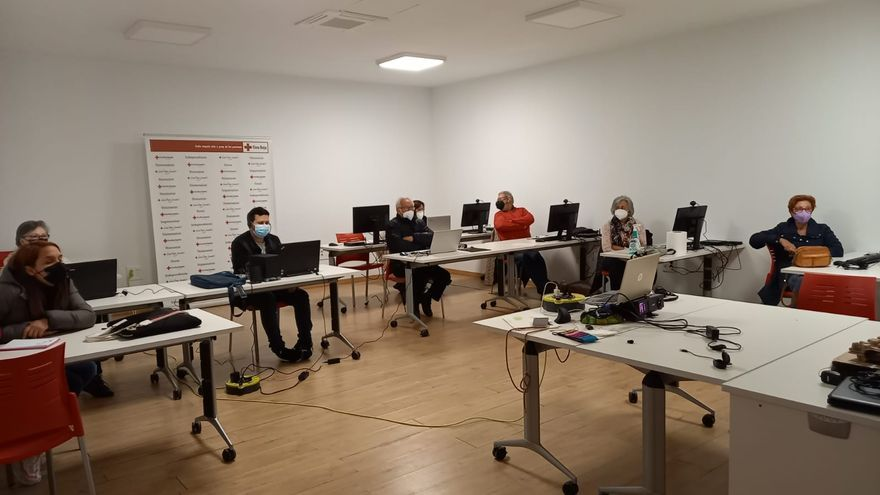 La pandemia dispara el interés por la formación en Cruz Roja Vila-real