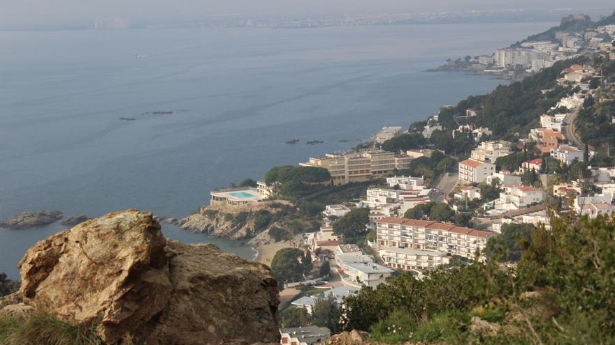 Urbanisme aprova el Pla de la Costa Brava per evitar uns 15.000 habitatges nous