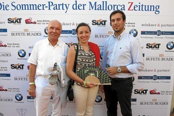 Joachim und Alexandra Wagner mit Christos Garubis
