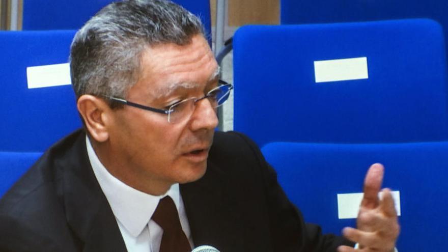 La Fiscalía planea pedir la citación de Alberto Ruiz Gallardón como investigado en Lezo
