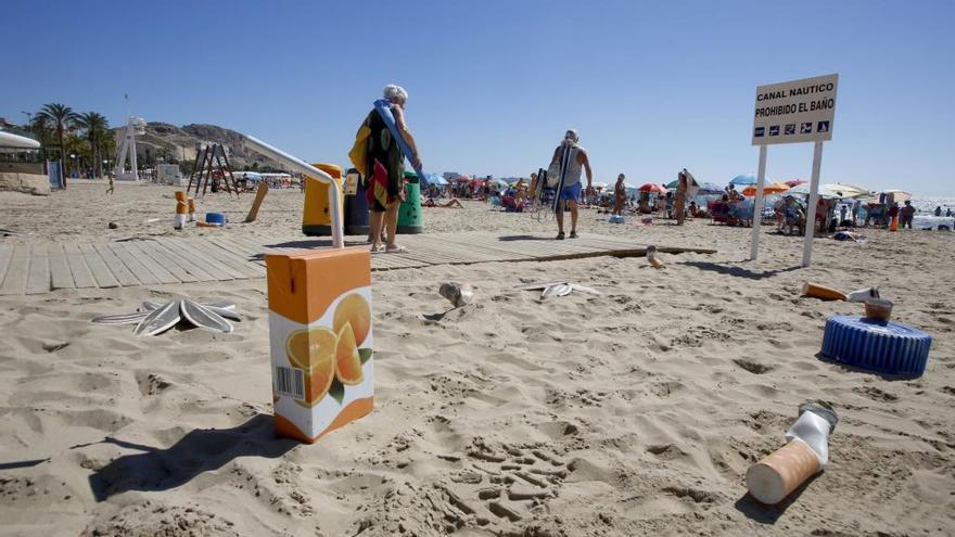 La Asamblea pide playas sin tabaco en la Región